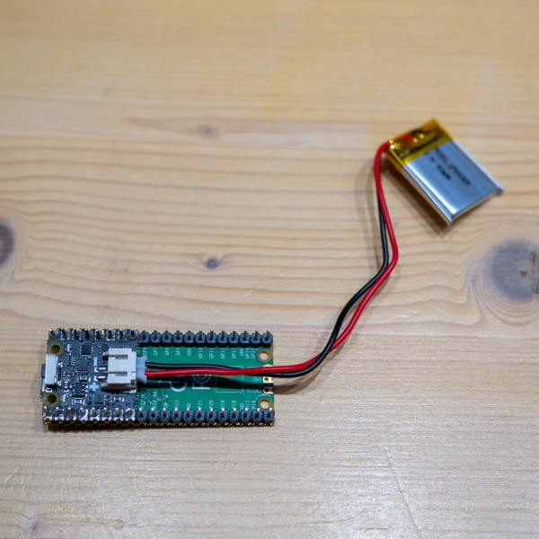 rasberry pi pico being powered by a LiPo battery with the Pico shim